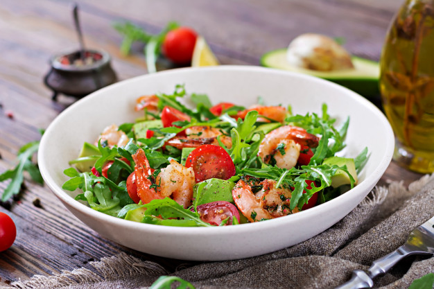 zdrowe jedzenie pomaga schudnąć