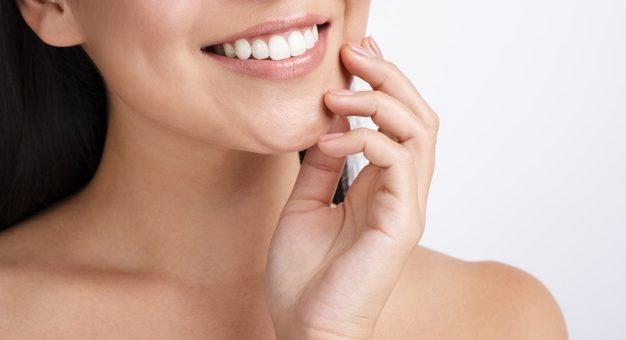 iBright skuteczne wybielanie zębów, poznaj opinie, ceny i efekty